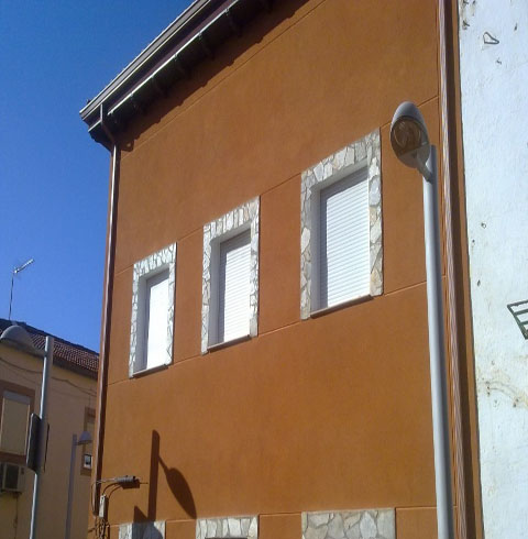 Sitges fachadas sitges rehabilitacion fachadas sitges - Fachadas con monocapa ...