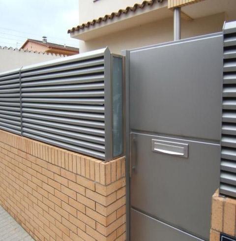 Vilafranca penedes ventanas aluminio barandilla inox - Puertas para jardin de aluminio ...